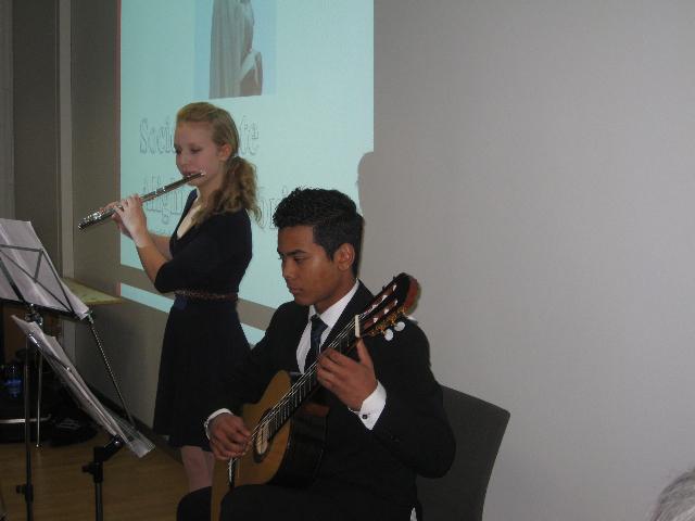 Nuoret soittavat Dante-juhlassa